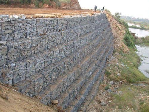 石笼网可用于桥梁或桥梁