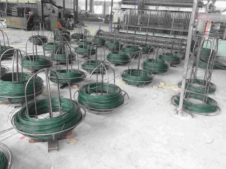 涂塑石笼网优质原料